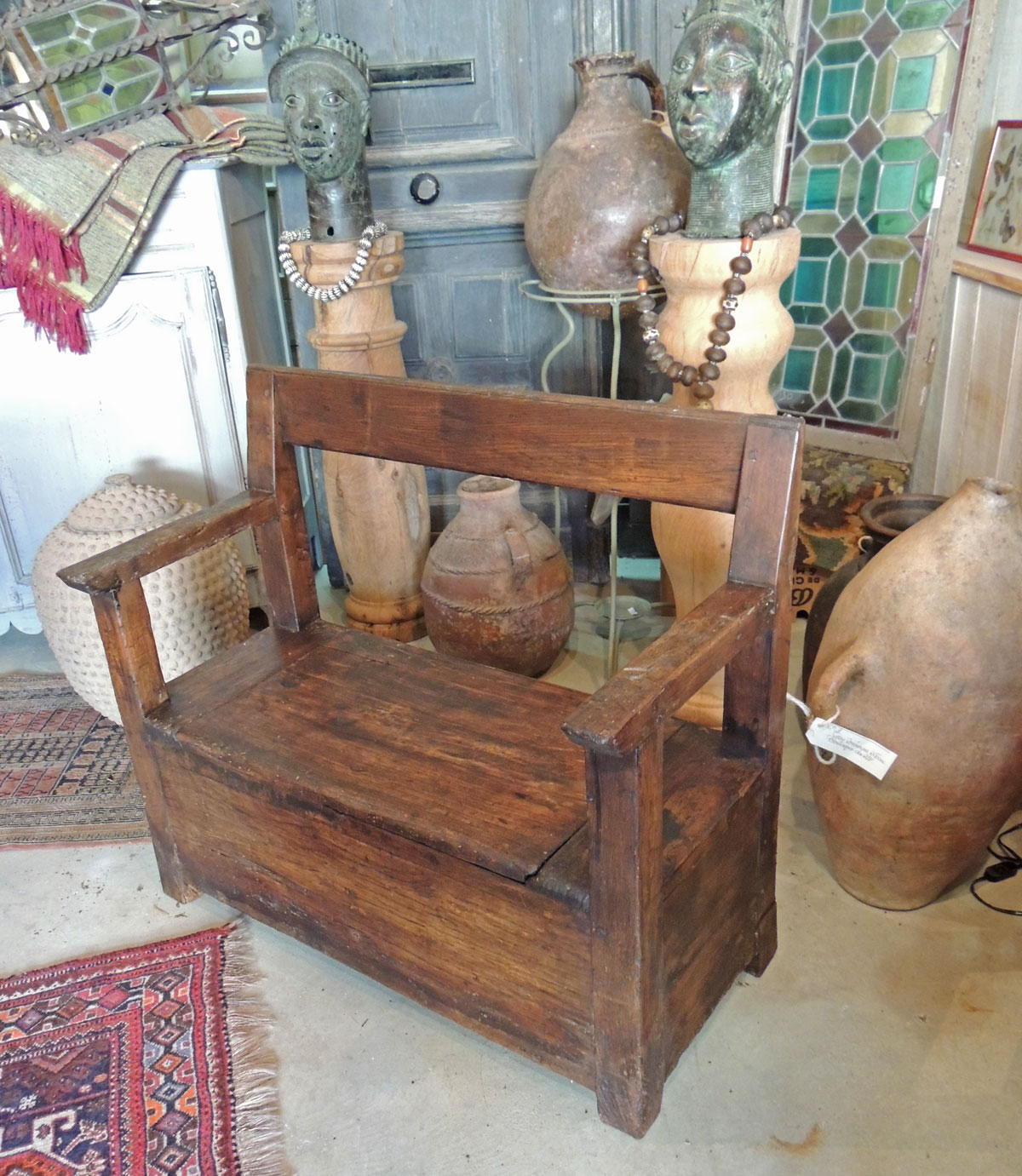 banc coffre r gional la grange. Black Bedroom Furniture Sets. Home Design Ideas