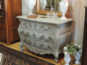 commode-grise